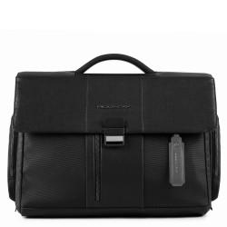 """Cartella porta PC/iPad®10,5""""/9,7"""", porta ombrello/bottiglia e predisposizione per CONNEQU Brief nero - PIQUADRO CA1045BR/N"""