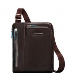 Borsello porta iPad tasca per lettore mp3 e passante per auricolari colore mogano - Piquadro CA1816B2/MO